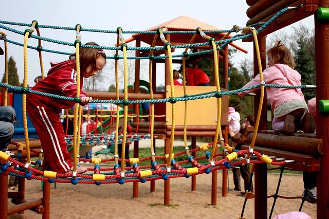 Skluzavky a dětská hřiště pro radost vašich dětí