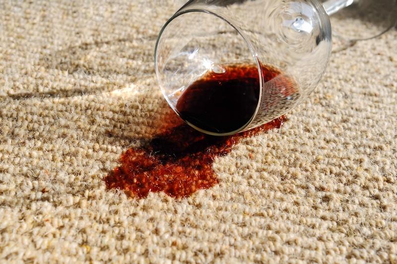 Tipy jak vyčistit koberec od skvrn
