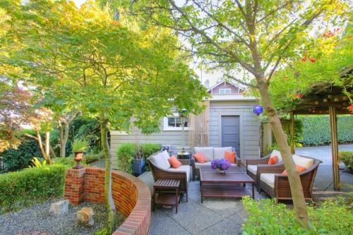 Okrasná zahrada by měla mít i užitnou část